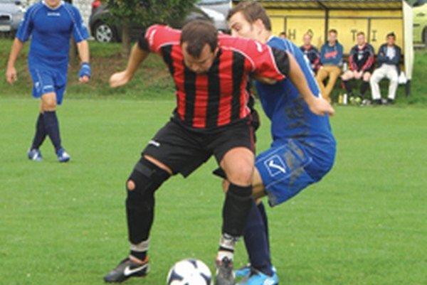 V minulom kole v 6. lige porazili V. Bedzany doma Nemčice 2:0.