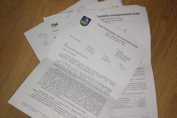 Korešpondencia učiteľa skrajom obsahuje niekoľko desiatok strán.