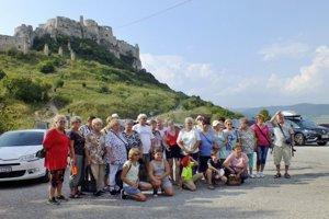Okrem prírodných krás zahrnuli do programu aj návštevu pamiatok, ako je Spišský hrad.