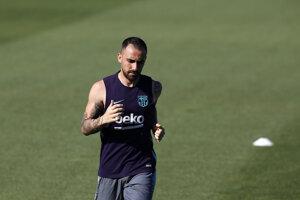 Paco Alcacer opúšťa Barcelonu minimálne na jednu sezónu.