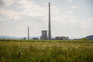 Novácka elektráreň, ktorá vyrába elektriny z hnedého uhlia.