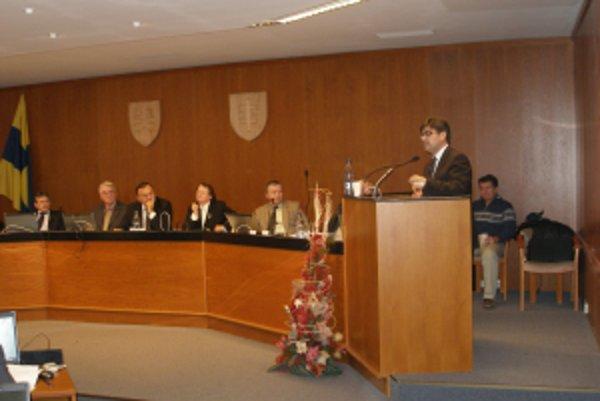 Na zastupiteľstve vystúpil aj konateľ spoločnosti R GES Igor Gula.
