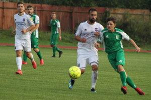 Kysucké Nové Mesto (v zelenom) privítalo FC VION Zlaté Moravce/Vráble.