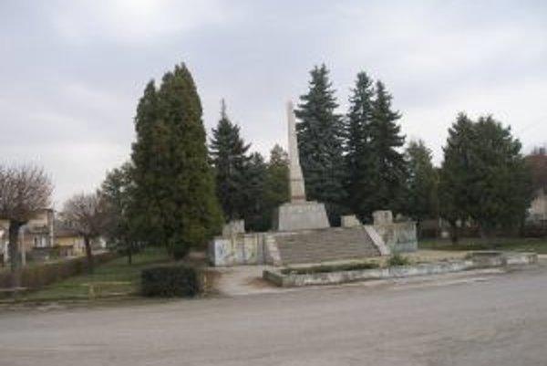 Park v Rybanoch vybudovali začiatkom sedemdesiatych rokov.