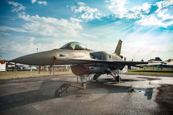 Lietadlo F-16 Poľských vzdušných síl.