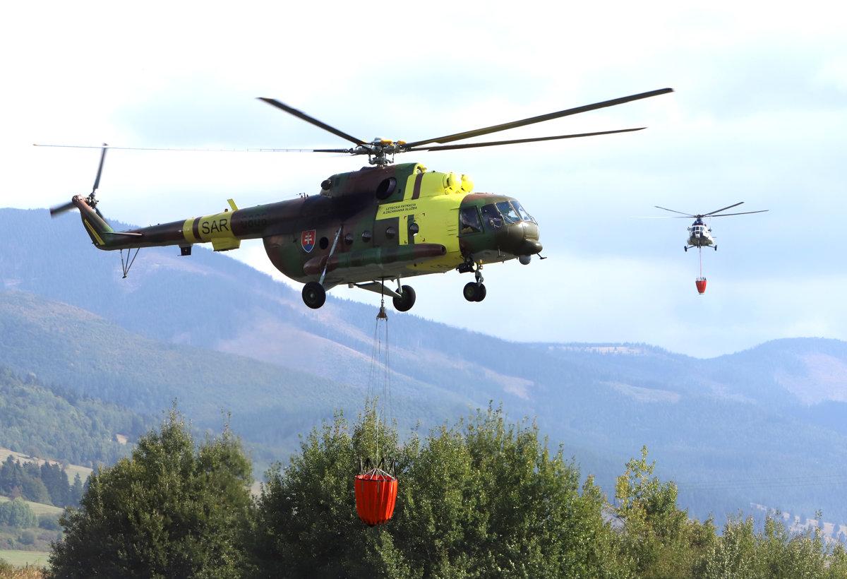 Hasiči už 24 hodín bojujú s rozsiahlym požiarom lesa v Polomke -  mybystrica.sme.sk f26dff8bd9a