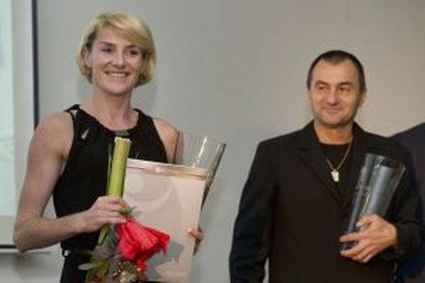 Po spoločenských povinnostiach so záveru minulého roka prichádzajú povinnosti. Lucia Hrivnák Klocová a Pavel Slouka už trénujú na Kanárskych ostrovoch.