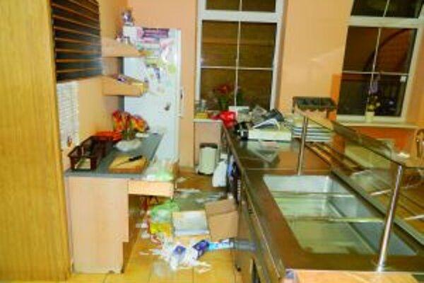 V Sklabinke zlodeji rozhádzali, čo sa dalo.