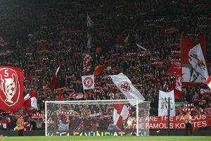 Fanúšikovia FC Liverpool.