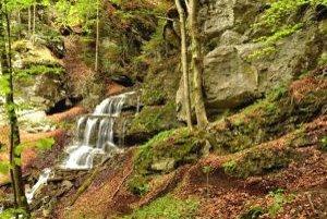 Vodopád pri ústi Došnej doliny.