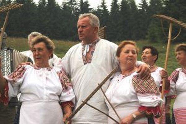 Počas kosenia a hrabania sa veľa spievalo.