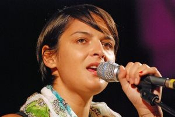 Jana Kirschner. V Martine nekoncertuje často, no spievala na podporu kandidatúry mesta na Európske hlavné mesto kultúry 2013.