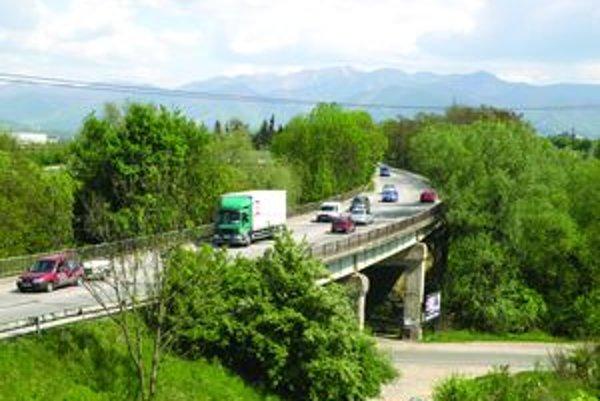 Most v Žiline pri celulózke začne SSC opravovať v týchto dňoch. Vodiči sa musia pripraviť na kolóny.
