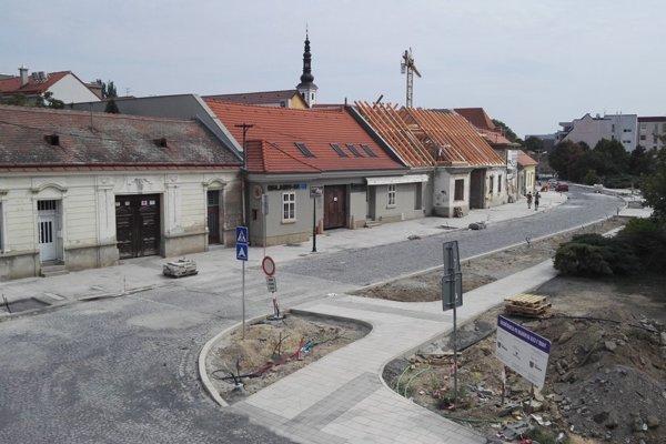 Halenárska ulica pred dokončením.