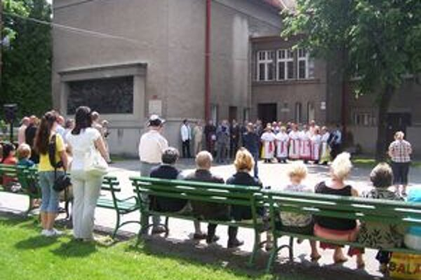 Okrem matičiarov a priaznivcov SNS sa na spomienkovom zhromaždení v Martine k 149. výročiu Memoranda národa slovenského zúčastnilo len niekoľko Martinčanov.