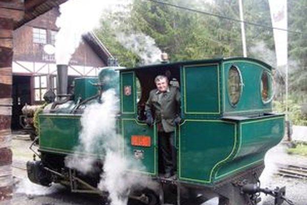 U 45.9Parná lokomotíva s názvom U 45.9 bola vyrobená v roku 1916 v strojárňach Maďarských štátnych železníc.