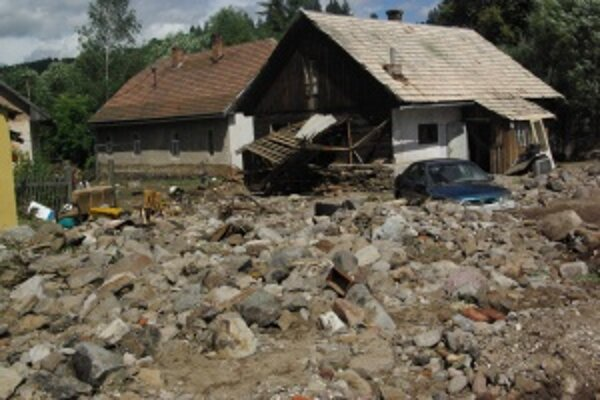Turček. Obyvatelia z tejto obce požiadali o odškodnenie medzi prvými. Peniaze však prídu najskôr v prvej polovici decembra.