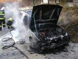 Požiare áut spôsobili technické poruchy, ale aj podpaľači.