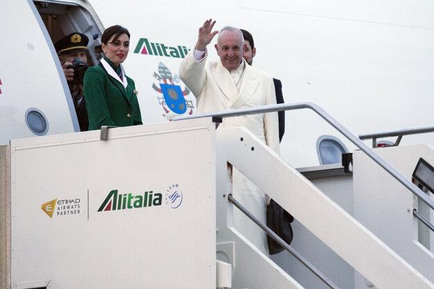 Pápež sa cestou do Mexika zastaví aj na Kube.