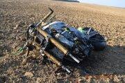 Motorkár nemal pri čelnej zrážke šancu.