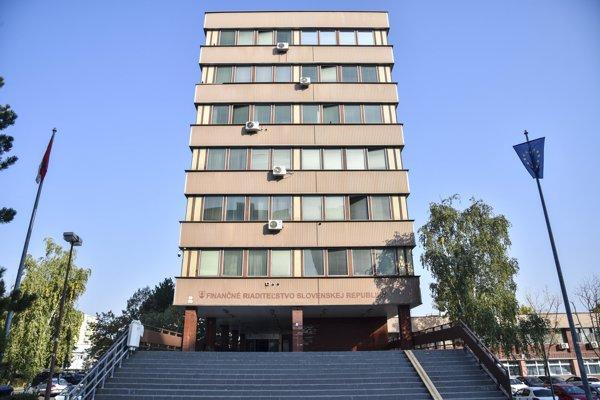 Budova Finančného riaditeľstva Slovenskej republiky.