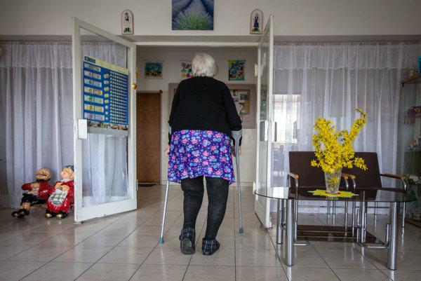 Ohrozenou skupinou sú najmä dôchodcovia.