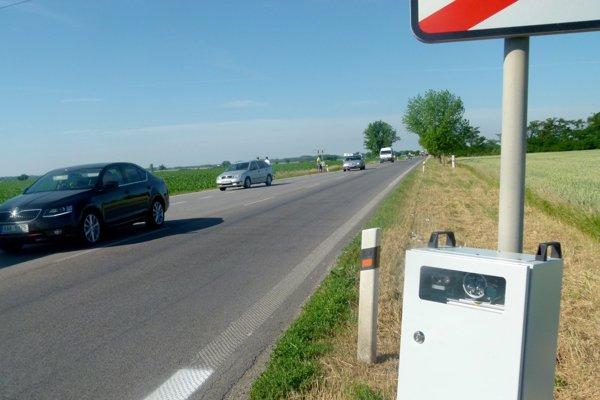 Snímače evidujú osobnú aj nákladnú dopravu.