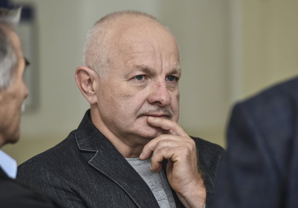 Náhrada škody v kauze platinových sít bude predmetom civilného konania - domov.sme.sk