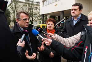 Poslanci navštívili fakultnú nemocnicu v Žiline.