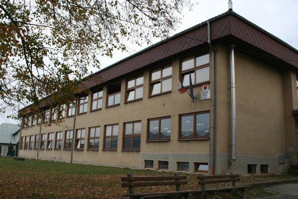 Základná škola v Kluknave
