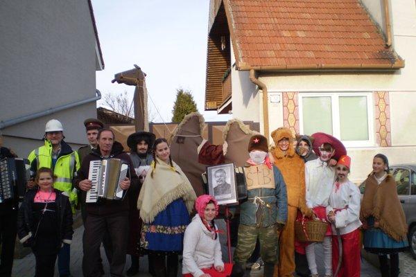Oslavy Fašiangov v obci.