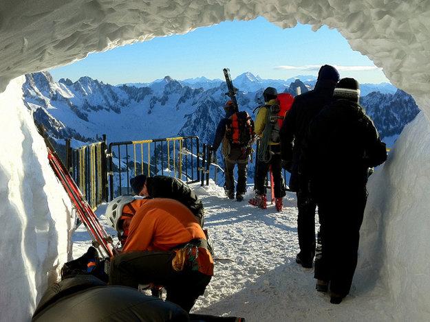 Takéto výhľady sa ponúkajú každému, kto sa rozhodne zvládnuť Vallée Blanche.