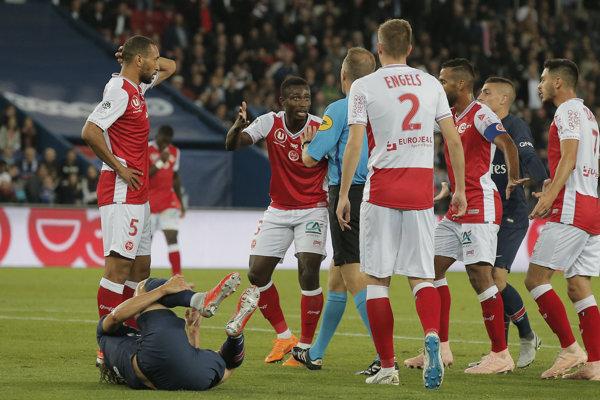 Hráči Stade de Reims - ilustračná fotografia.