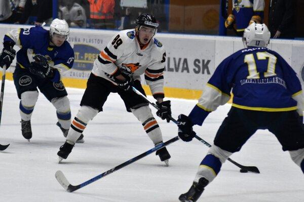 Zemplínske hokejové derby malo výbornú úroveň a znova v ňom uspeli Michalovčania.
