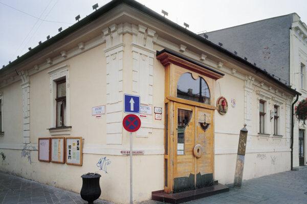 V priestoroch bábkového divadla v Košiciach uvidíte v sobotu od 17.00 hod. dva príbehy počas jedného večera.