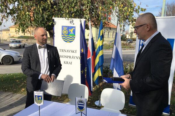 Mesto a kraj sa zaviazali vyriešiť dopravnú situáciu v Hlohovci.