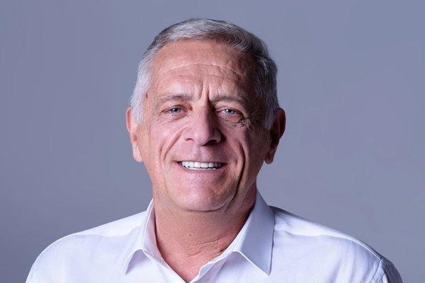 Zoltán Pék.