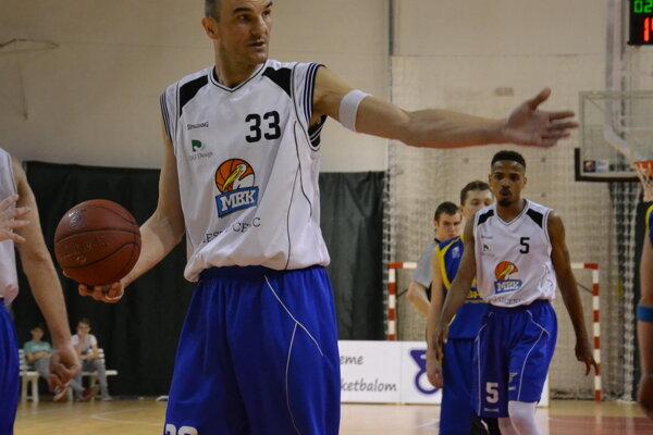 Milan Golian, najvyšší hráč MBK Lučenec.