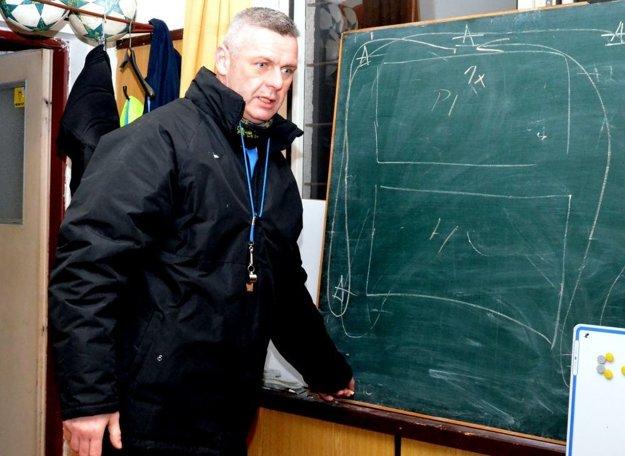 Zdenko veselovský, tréner Diviak.