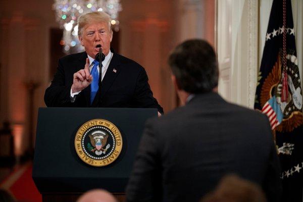 Donald Trump reaguje na výsledky volieb.