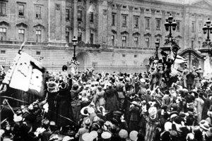 Oslavy ukončenia vojny 11, novembra 1918.