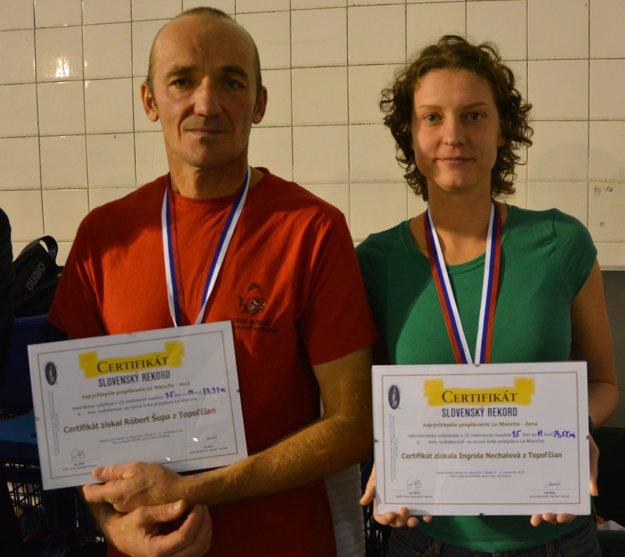 Róbert Šupa v pondelok a Ingrida Nechalová v utorok zaplávali v topoľčianskej plavárni zhodne po 35 kilometrov.