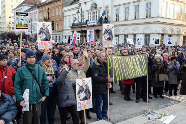Protest sa v Košiciach uskutoční v piatok na Hlavnej pri Dolnej bráne.