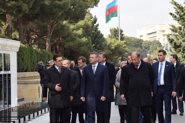Pellegrini počas svojej pracovnej cesty navštívil aj Azerbajdžan.