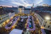 Na Hlavnom námestí budú vianočné koncerty, vystúpenia folklórnych súborov i spevákov z celého Slovenska od soboty 24. novembra.