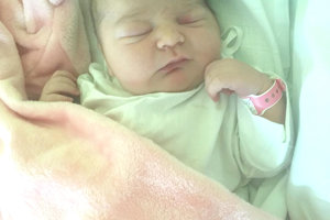 LINDA Chvojková potešila svojím príchodom na svet 1. októbra šťastných rodičov Katarínu a Patrika Chvojkovcov. Malá Linda po narodení merala 53 cm a vážila 4,1 kg.