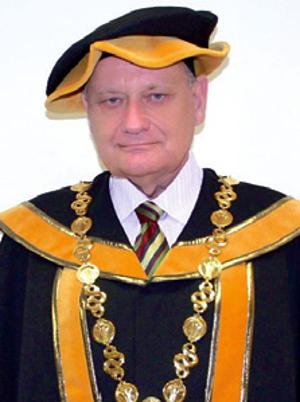 DEKAN: prof. MUDr. Jaroslav Slaný, CSc.