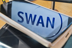 Pri spájaní operátorov Benestra a Swan radila advokátska kancelária Relevans, vznikol štvrtý najväčší telekomunikačný operátor v krajine.