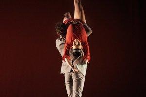 Natália Planková (choreografia Eight days a week, Adrian Ducin)