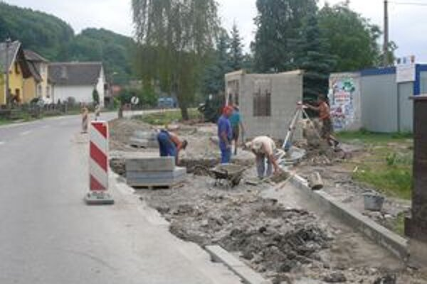 Práce by mali ukončiť do konca augusta.